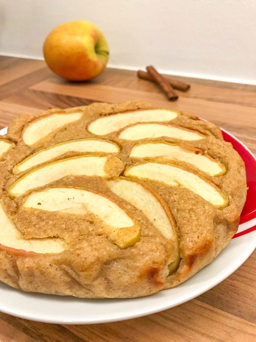 Tarta de manzana fitness - receta saludable y jugosa